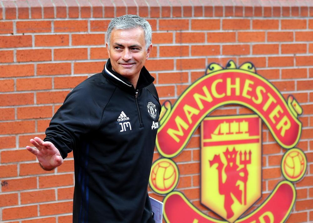 Gest facut de Jose Mourinho. Ce s-a intamplat dupa ce antrenorul i-a dat bani unui cersetor, in Manchester