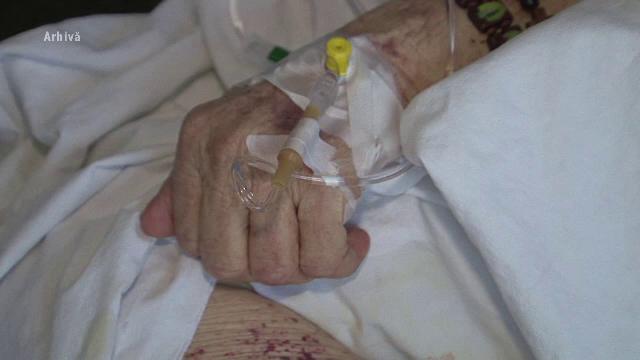 Cazul femeii care a murit dupa o transfuzie gresita de sange. Centrul de transfuzii a oprit furnizarea de sange catre spital