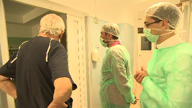 Sectia ATI a Spitalului de Arsi a fost redeschisa dupa aproape 8 luni. Doctorita Camelia Roiu spune ca e doar o