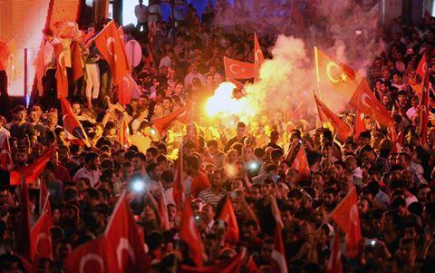 Grecia nu va extrada in Tucia 8 soldati care au participat la puci. Ankara i-a numit