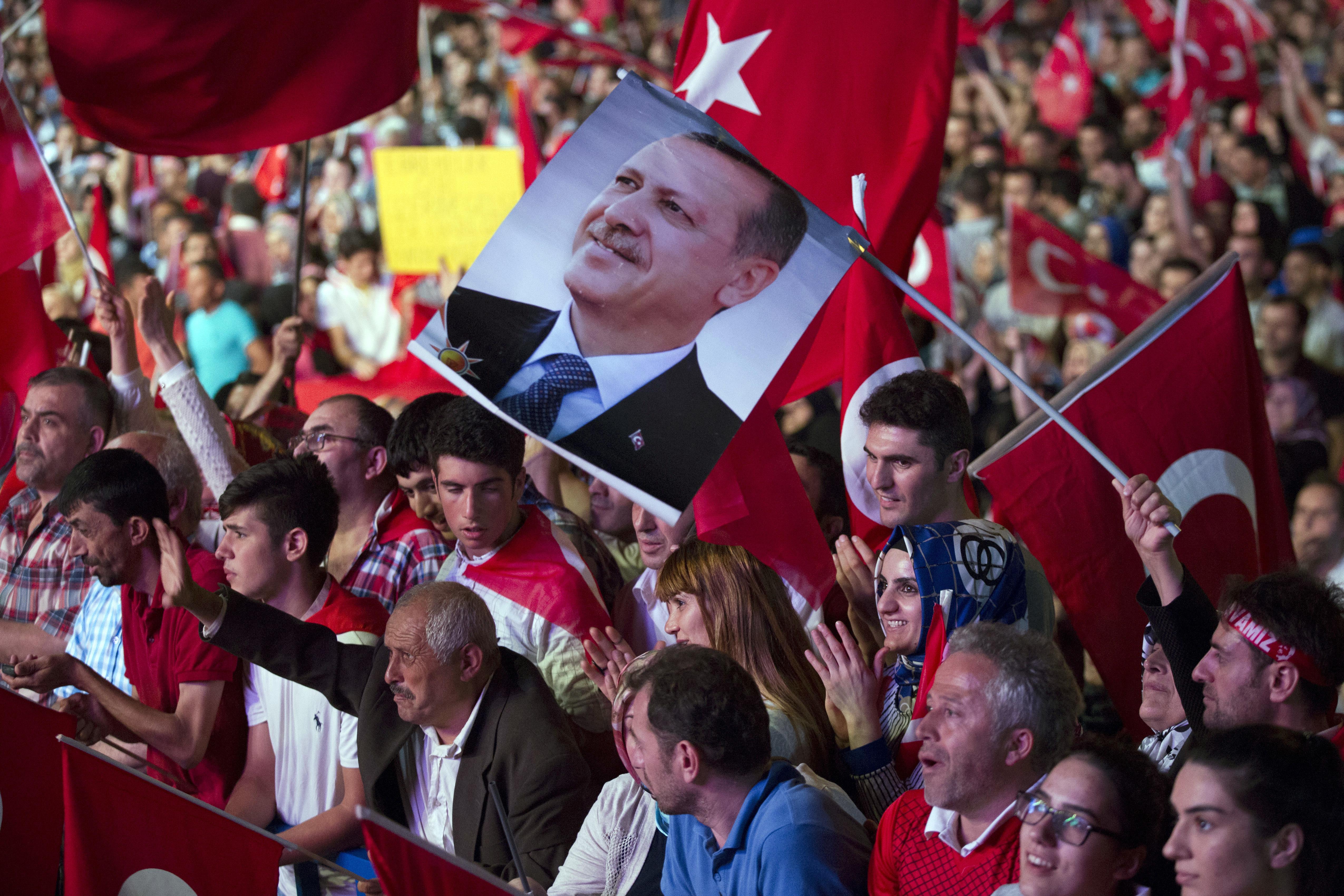 Erdogan va reintroduce pedeapsa cu moartea: