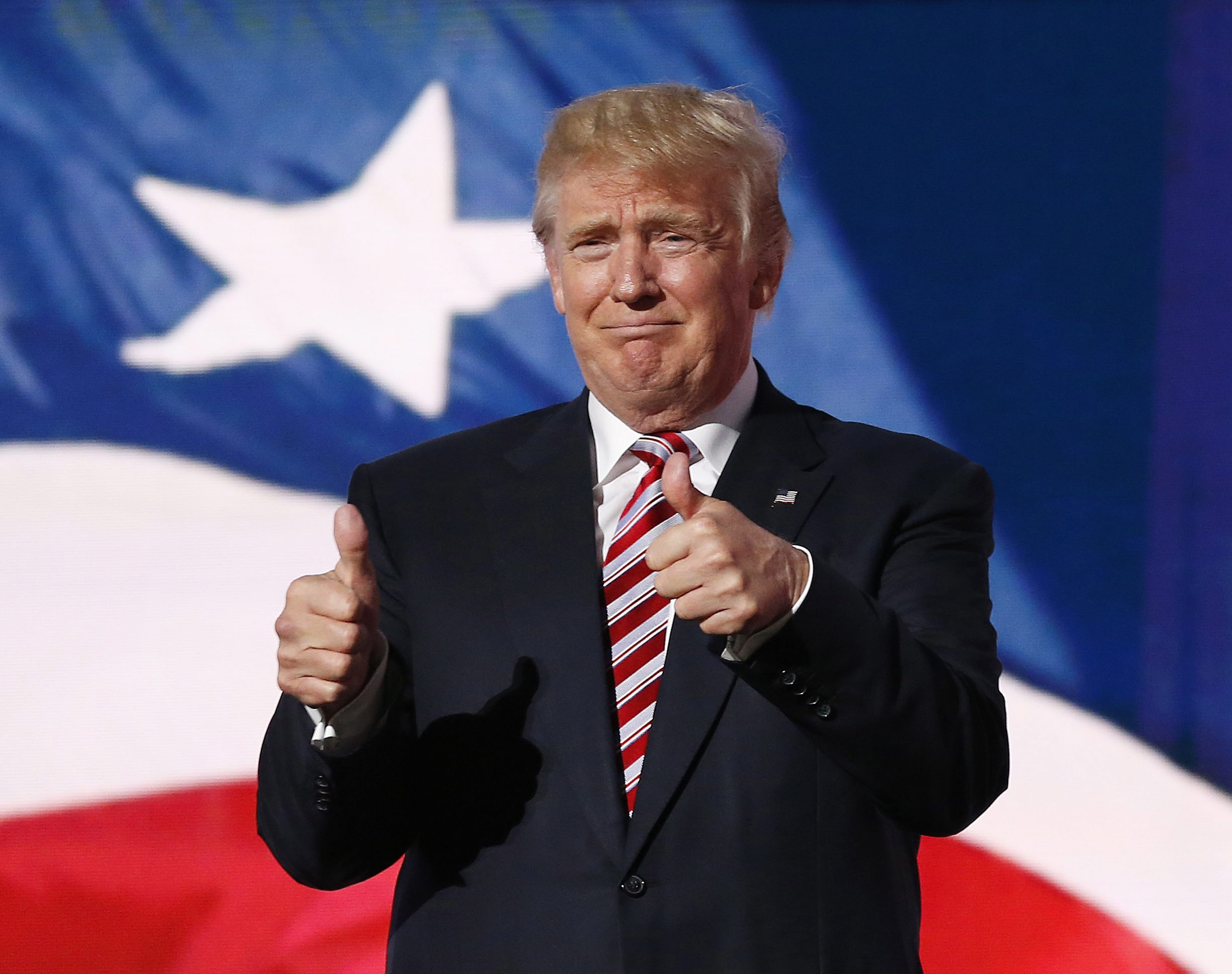 Biografie Donald Trump. Cine este miliardarul care considera ca