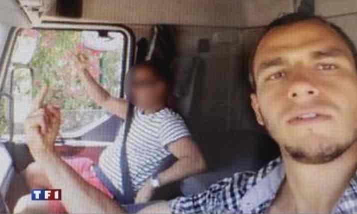 Cine l-a ajutat pe Mohamed Bouhlel sa pregateasca masacrul din Nisa. Mesajele descoperite de procurori in telefonul lui