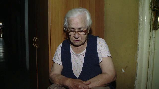 Drama batranei de 87 de ani, data afara din casa chiar de copiii ei.