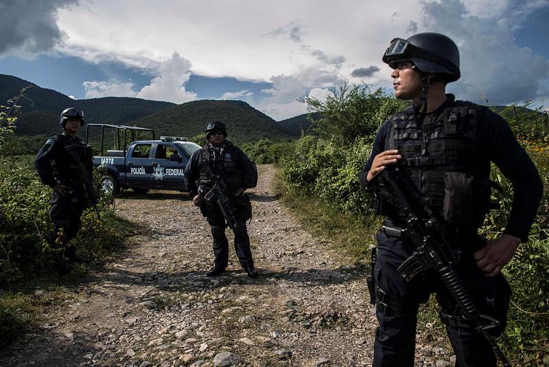 Sapte membri ai unei familii din Mexic, impuscati mortal in casa. Cum au reusit cinci copii sa se salveze