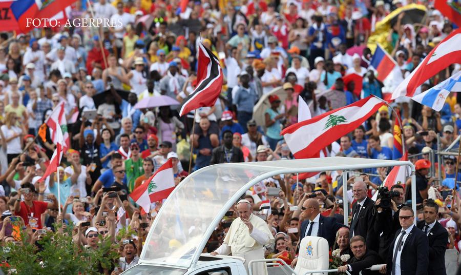 2,5 milioane de pelerini s-au adunat in Cracovia pentru vizita Papei. Guvernul polonez, nemultumit de mesajul pontifului