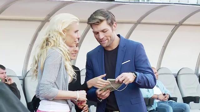 Doi actori celebri de la Hollywood filmeaza la Cluj, alaturi de echipa de fotbal Sanatatea.