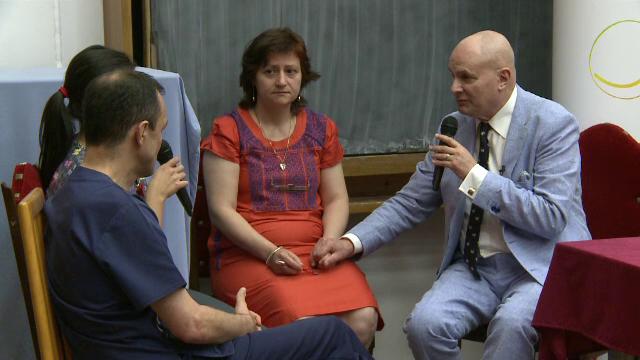 Medici romani invatati de un psihoterapeut spaniol sa empatizeze cu pacientii. Cum trebuie transmis un diagnostic grav