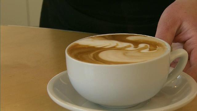 Studiu: cafeaua reduce riscul de boli cardiovasculare, diabet, boli respiratorii si chiar de cancer