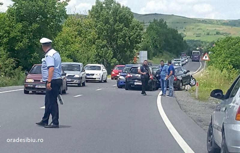 Accident bizar produs de un sofer baut, intre Sighisoara si Sibiu. A lovit 3 masini dupa ce a intrat pe contrasens