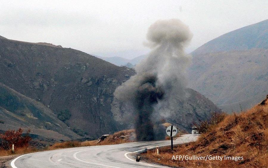 Cel putin 17 militari au fost raniti in sud-estul Turciei, la granita cu Iran si Irak, intr-un atentat al militantilor kurzi