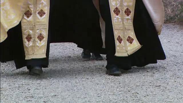 Un nou scandal cu iz penal loveste Arhiepiscopia Tomisului. Un preot si o calugarita, retinuti pentru evaziune fiscala