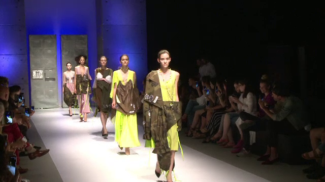 Feeric Fashion Week, la Sibiu. 30 de designeri si-au prezentat colectiile in spatii neconventionale