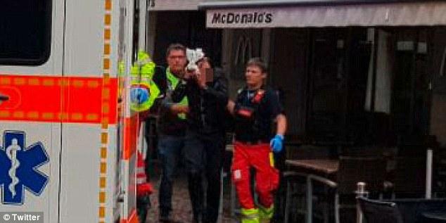 Cinci persoane au fost ranite in nordul Elvetiei de un barbat inarmat cu o drujba. Politia cauta atacatorul