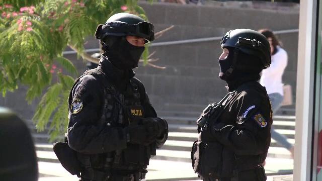 5 indivizi, banuiti de santaj si camatarie, au fost retinuti de politistii din Prahova. Dobanzile imense cerute clientilor