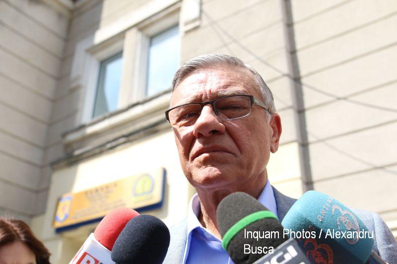 Mircea Sandu ramane cu sechestru pe o parte din avere, in dosarul