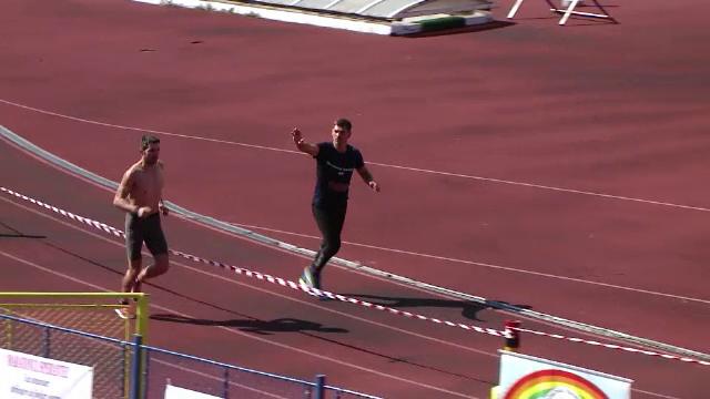 Un sportiv din Iasi a alergat 24 de ore fara oprire, parcurgand peste 200 km, pentru o cauza nobila