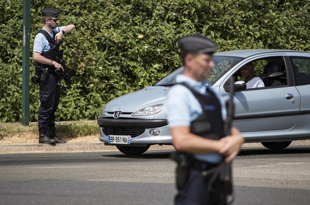 Atentat pus la cale de iranieni lângă Paris, dejucat. Reacţia Teheranului
