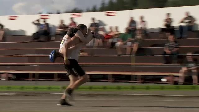 Campionatul mondial de cărat neveste, câștigat de un lituanian. Probele concursului
