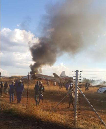 Incident aviatic, în Africa de Sud. Sunt cel puțin 19 victime