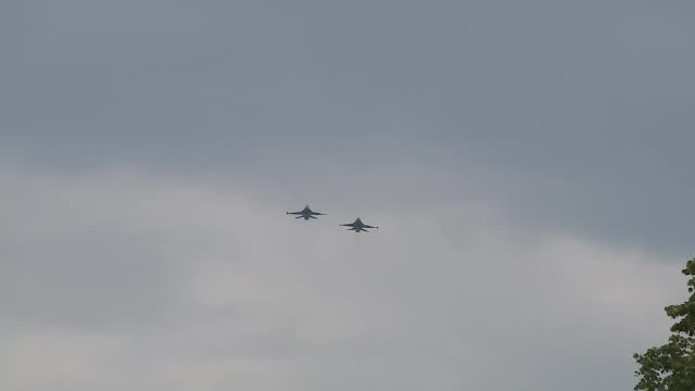 Avioanele de luptă F16, cumpărate din Portugalia, cele mai apreciate la Ziua Aviației