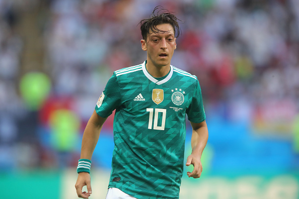 """Mesut Ozil și-a anunțat retragerea de la națională. """"Când câștig sunt german, când pierd sunt imigrant"""""""