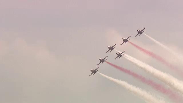 BIAS 2018. Spectacol aviatic impresionant, pe Aeroportul Băneasa. VIDEO