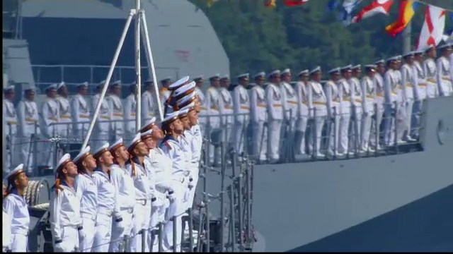 Show naval de Ziua Marinei, în Rusia. Putin a trecut în revistă 40 de nave de război