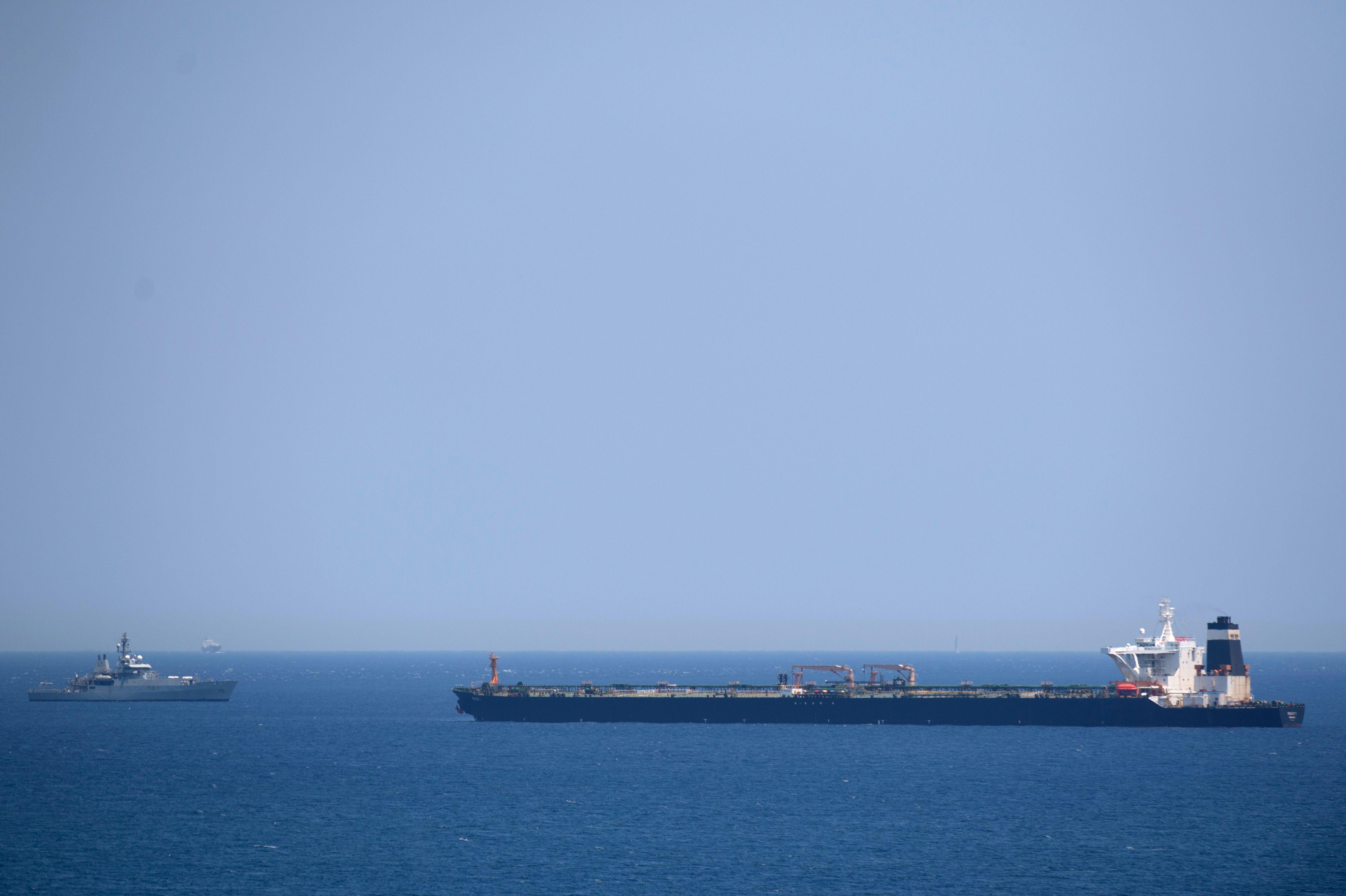 Iranul a mai capturat un petrolier străin în Golf. 7 marinari au fost reținuți