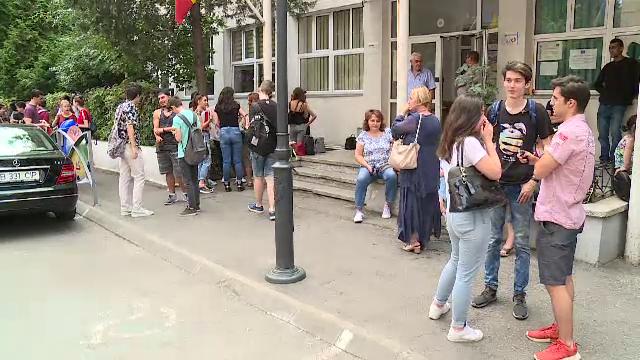 REZULTATE BAC 2019 DUPĂ CONTESTAȚII BUCUREȘTI. Notele FINALE la BACALAUREAT au fost publicate