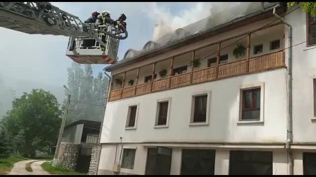 Incendiu la cea mai veche mănăstire ortodoxă din Ardeal, Rîmeţ