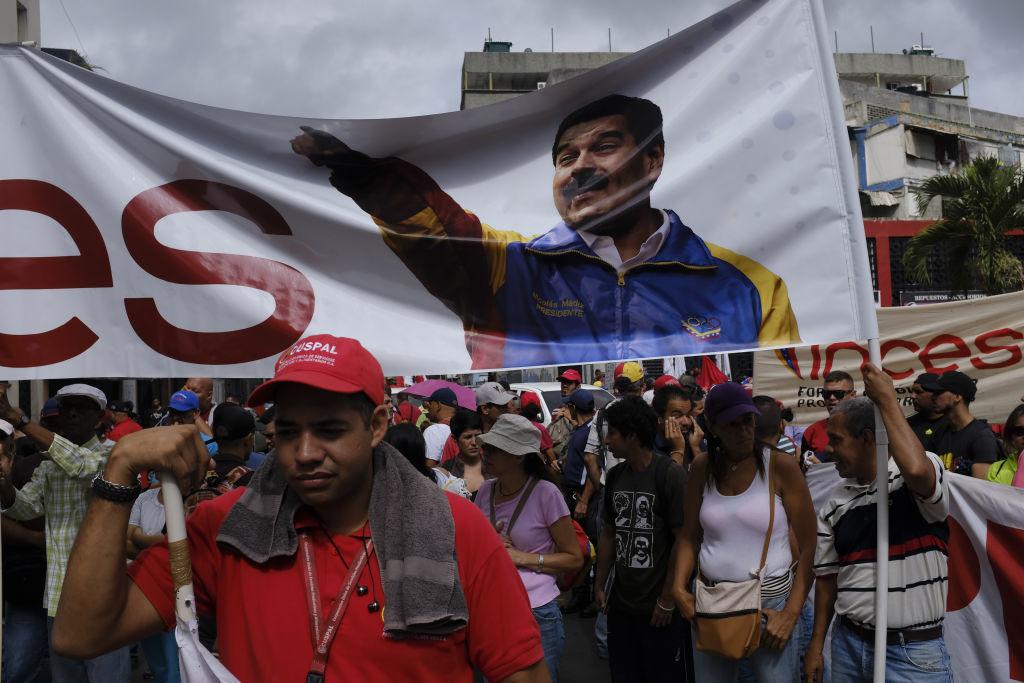 Paradă militară impresionantă organizată de Maduro în Venezuela