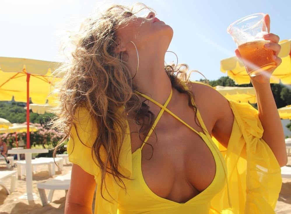 Anna Lesko, topless pe Instagram. Reacțiile fanilor