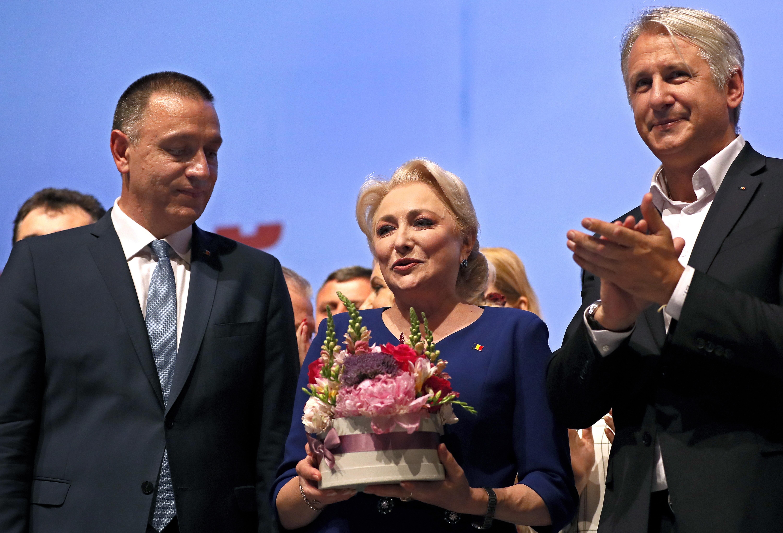 """Mihai Fifor: """"Încetaţi să mai catalogaţi Legea pensiilor ca fiind o pomană electorală"""""""