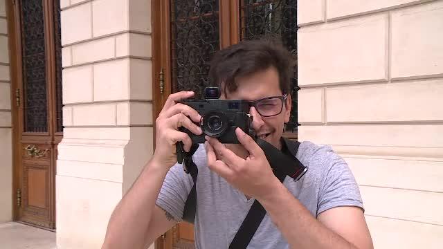 Un fotograf din Venezuela s-a mutat în România și ne promovează țara pe rețelele sociale