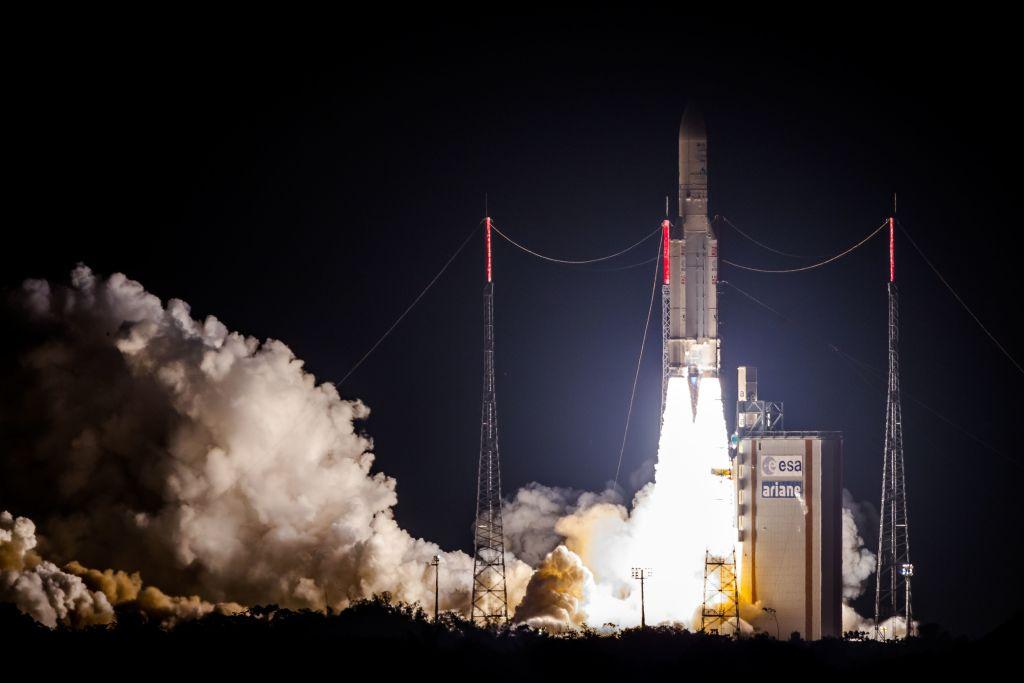Franţa va avea un comandament militar spaţial. Planul lui Macron