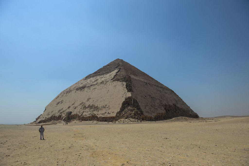 Două noi piramide egiptene, deschise publicului pentru prima dată din 1965. Descoperirea făcută