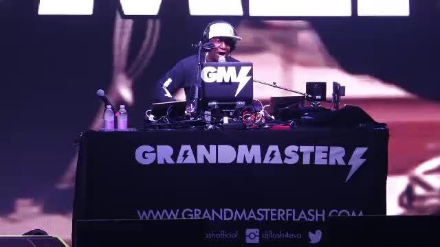 Celebrul Grand Masterflesh și DJ Elderbrook au încins prima seară la Electric Castle