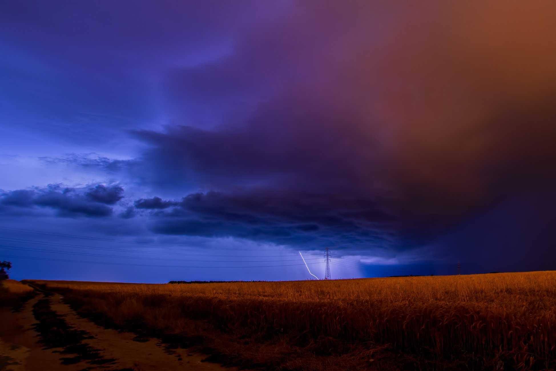 Atenţionare de călătorie emisă de MAE. Greve şi fenomene meteo extreme în Spania