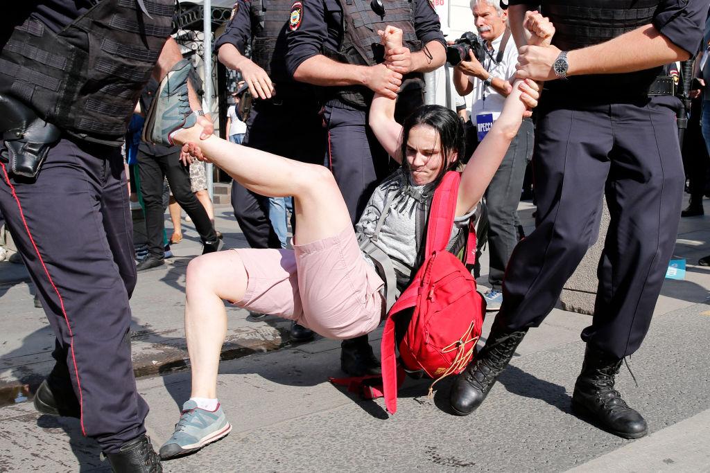 500 de manifestanți care au cerut, la Moscova, alegeri libere au fost arestați
