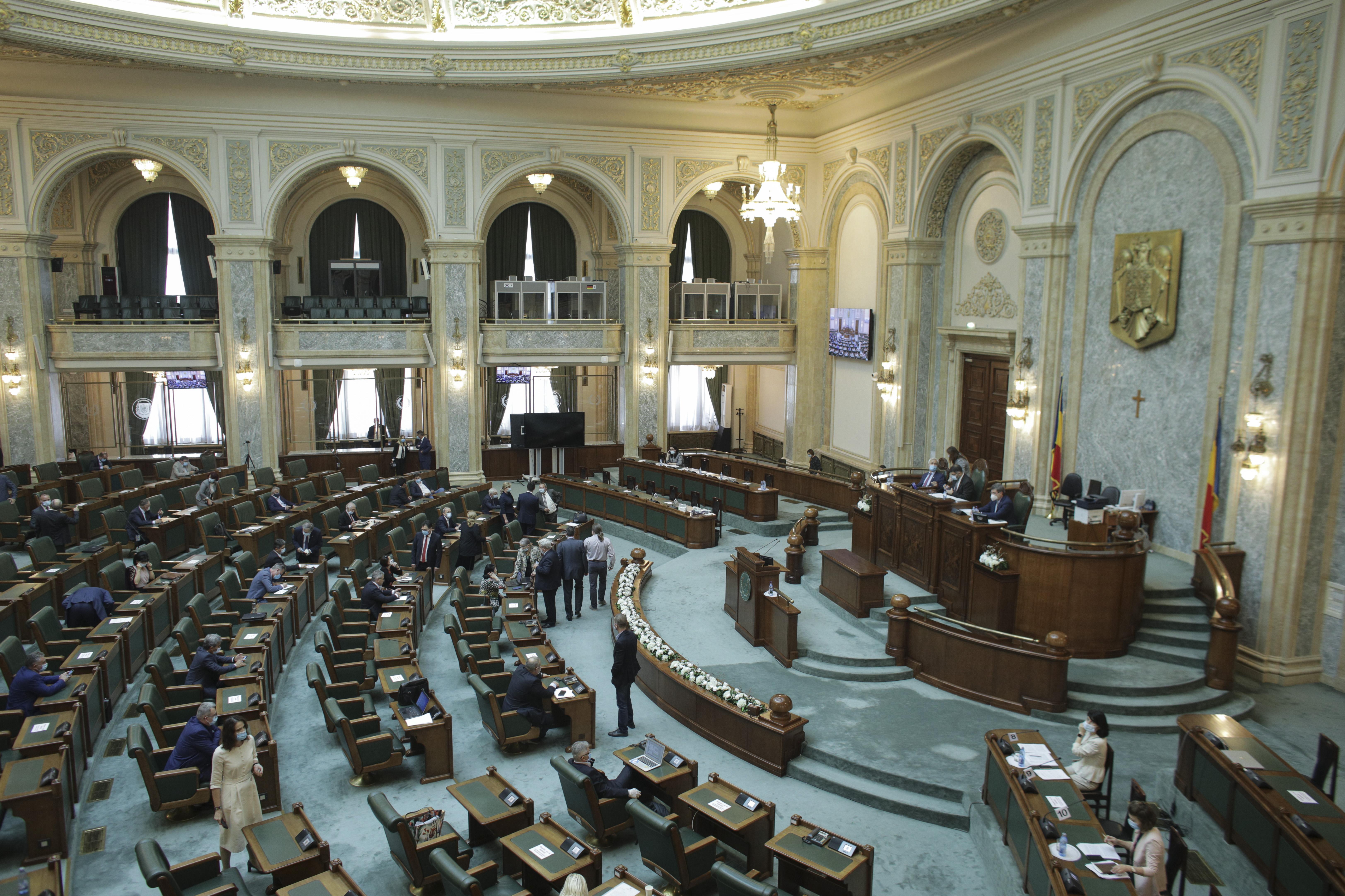 Cererea lui Iohannis, respinsă. Legea privind Educaţia sexuală în şcoli, adoptată în forma inițială
