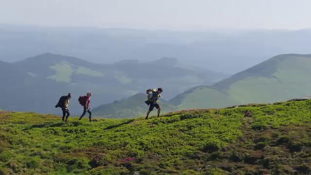 Munții Rodnei, perfecți pentru turiștii în căutare de natură sălbatică. Păduri și lacuri glaciare cât vezi cu ochii