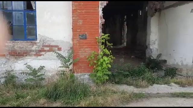 Descoperire macabră în Târgoviște. Un tânăr de 28 de ani a fost găsit mort într-o hală dezafectată