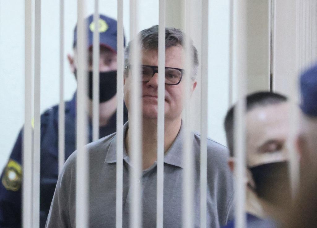 Unul dintre cei mai importanți opozanți ai lui Lukaşenko, condamnat la 14 ani de închisoare. Reacția ambasadei SUA