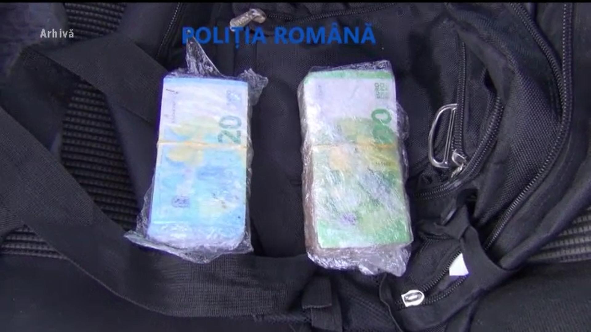 Un bărbat care s-a dus să stea la un amic a rămas fără 10.000 de euro. Cum s-a întâmplat totul