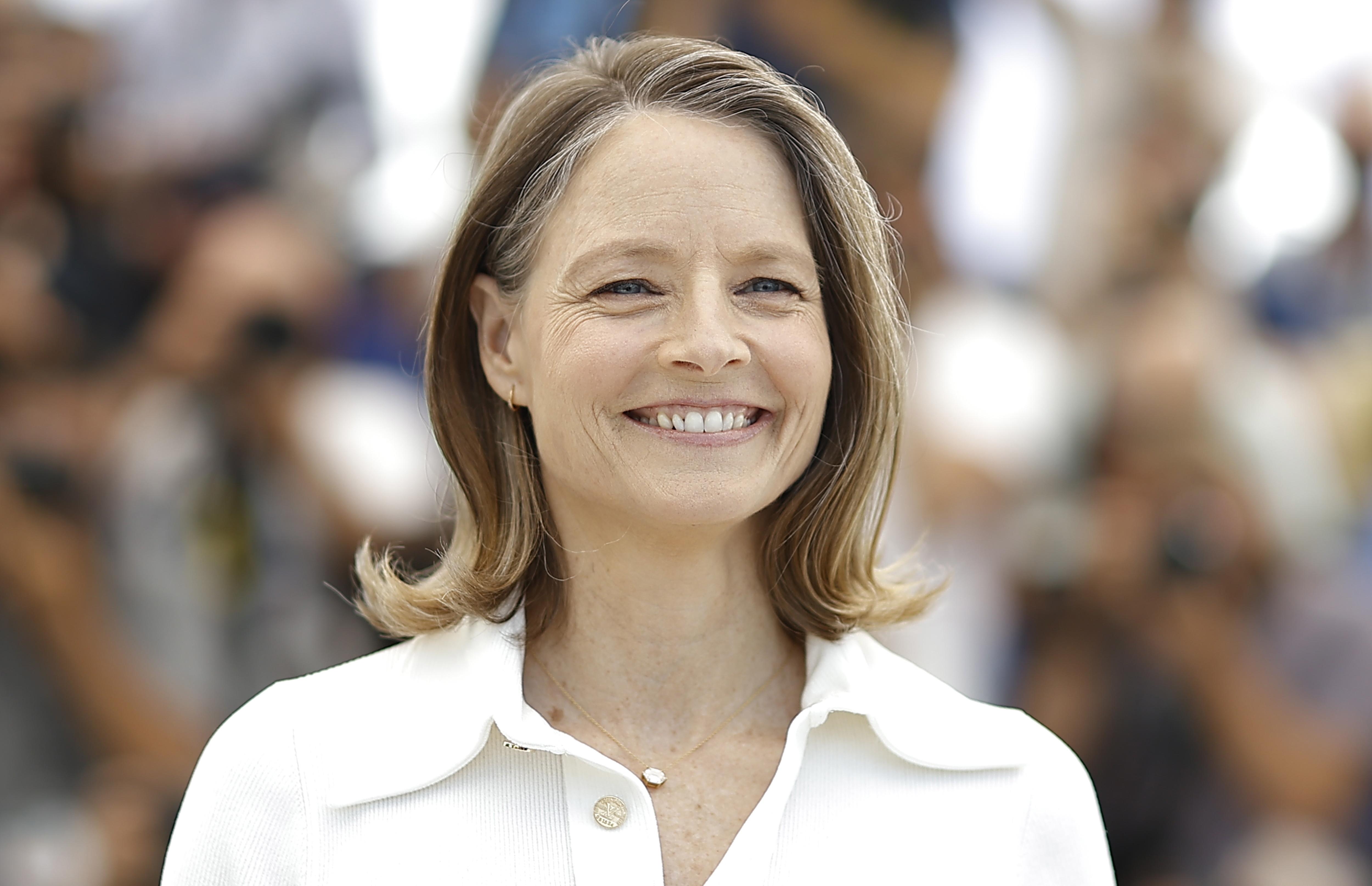 După o pauză de peste 2 ani, la Cannes s-a întins covorul roșu. Jodie Foster, trofeu onorific