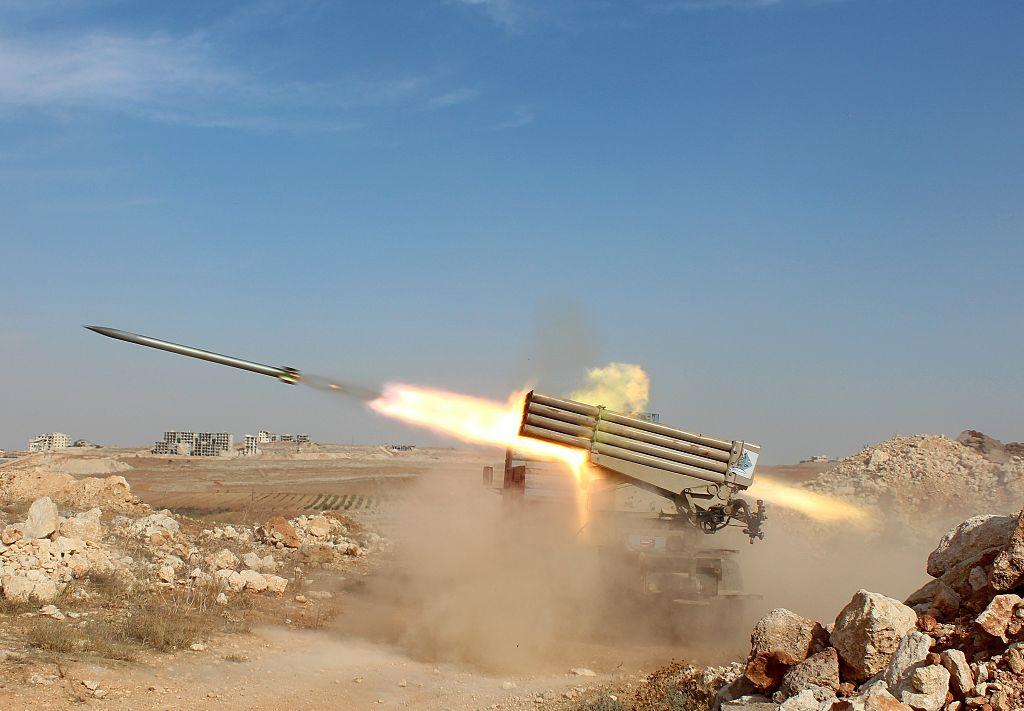 Atac masiv cu rachete împotriva unei baze aeriene a forţelor americane din Irak. Sunt cel puțin doi răniți