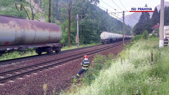Un incendiu a izbucnit la un vagon cisternă. Traficul feroviar a fost blocat între Azuga și Bușteni
