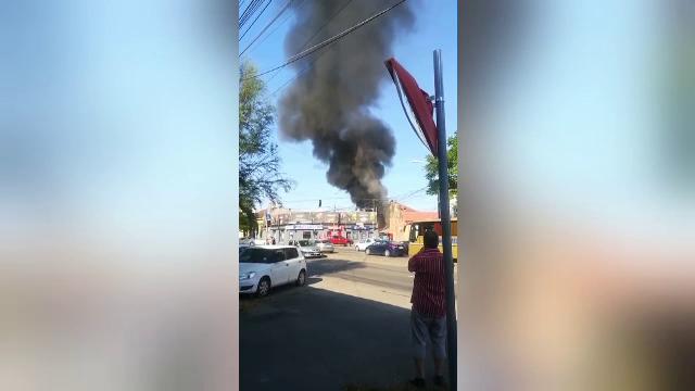 O rulotă amplasată într-o curte interioară a luat foc, în Timișoara