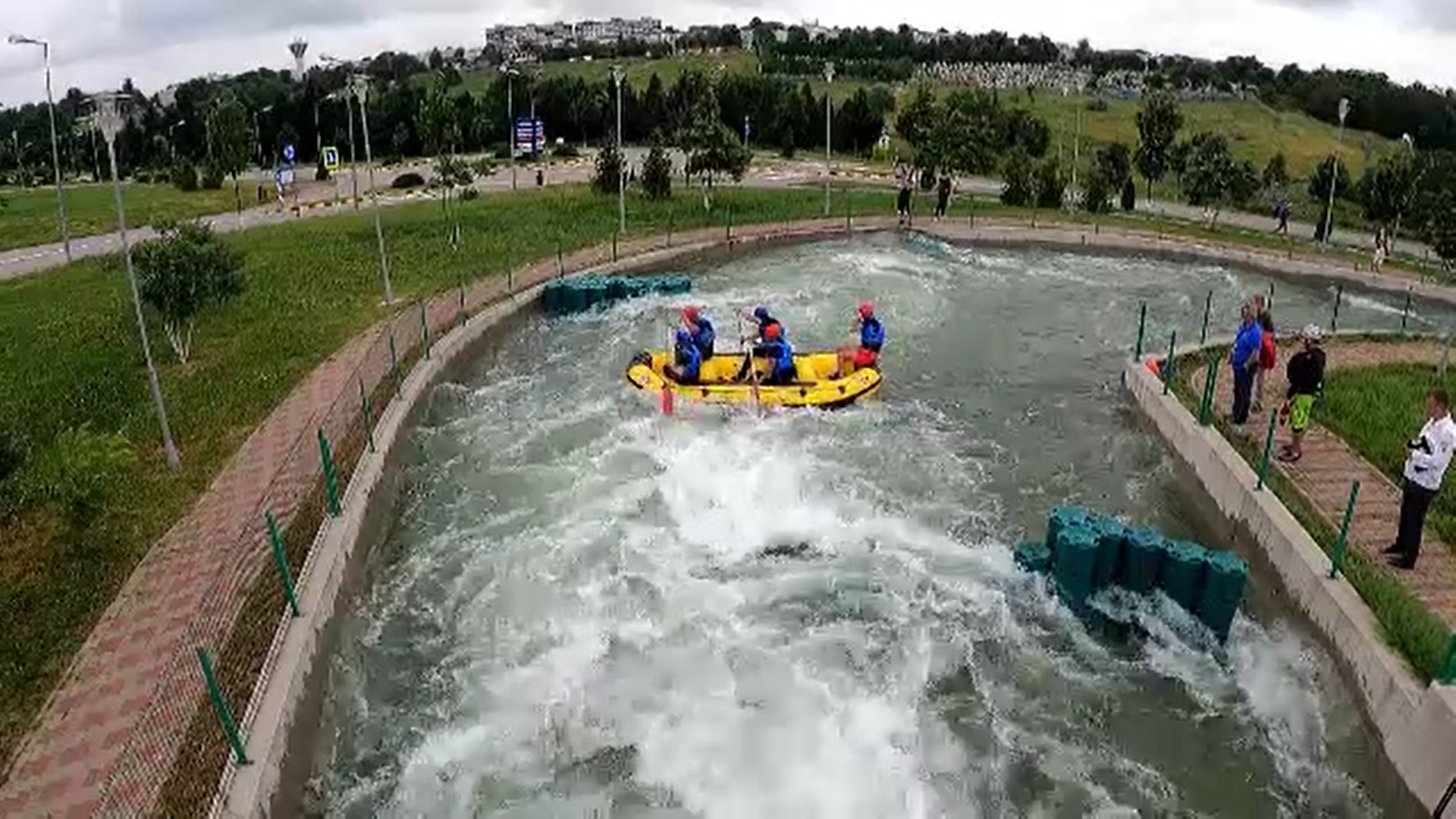 Cum arată singurul parc de rafting artificial din estul Europei, dat în folosință la Botoșani